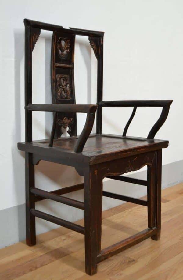 Antica-sedia-cina-Shanxy-in-olmo-intagliato-e-braccioli_1