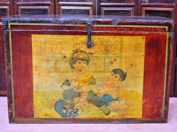 antico-baule-cinese-1930-rivoluzione-culturale-bambini